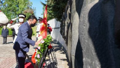 Photo of Government delegation lays flowers at partisan cemetery on Victory Day and Europe Day