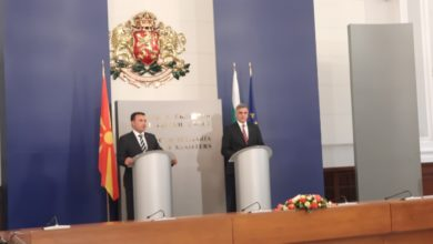 Photo of Yanev: It's up to politicians to make decisions